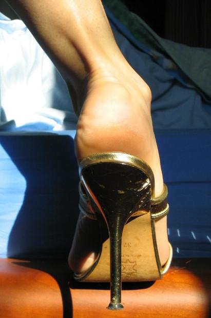 Смотреть ножка онлайн