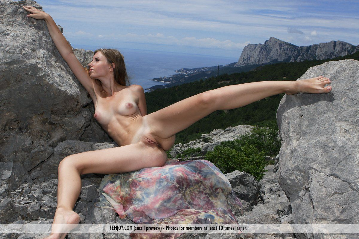 Смотреть Irina онлайн